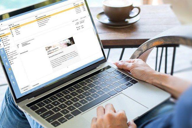 Laptop mit onOffice Software