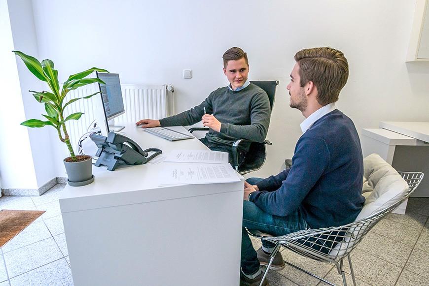 Möllerherm Immobilien: Empfangsbereich und Büro